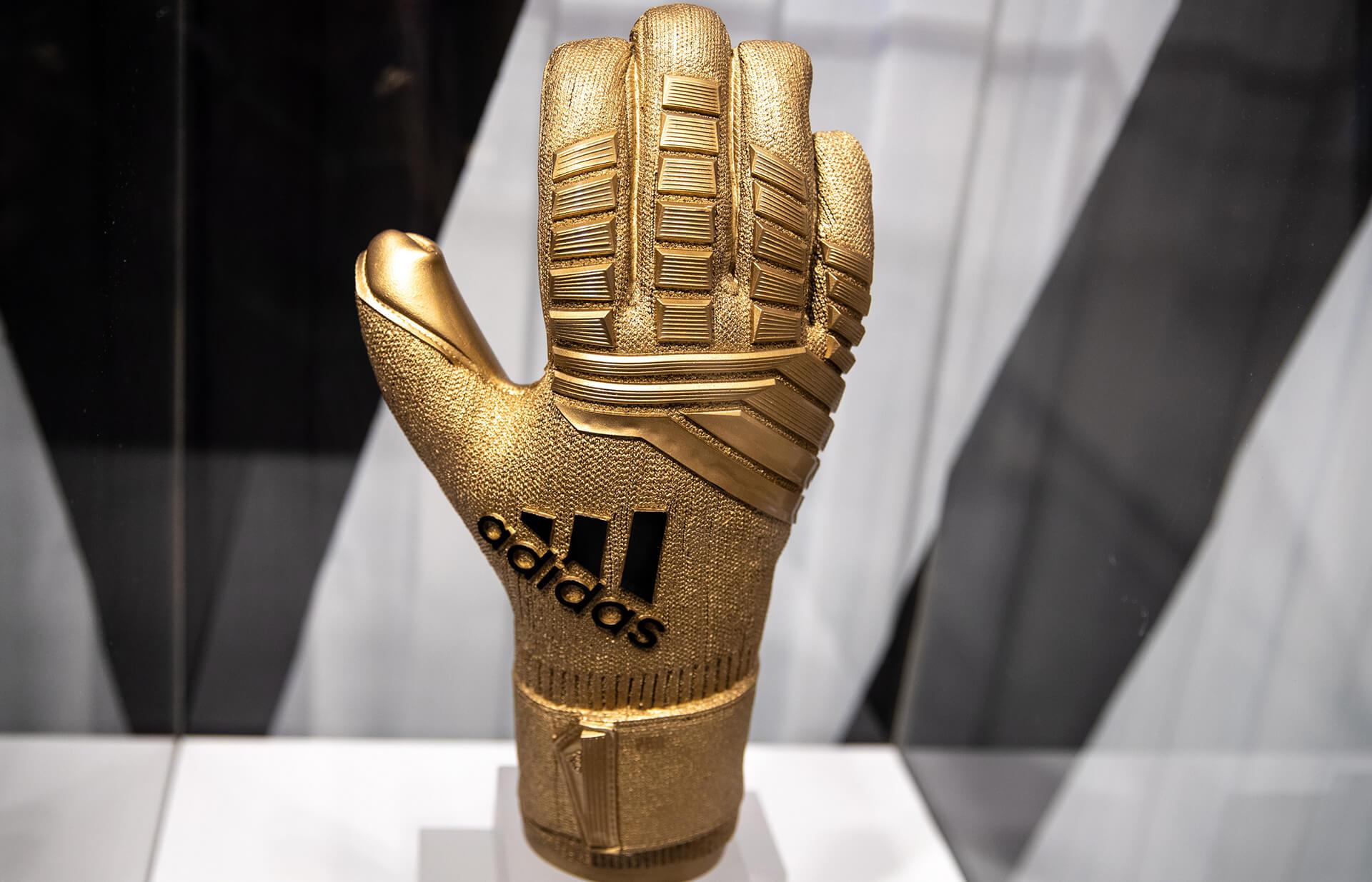 FIFA 2018 brand - Adidas